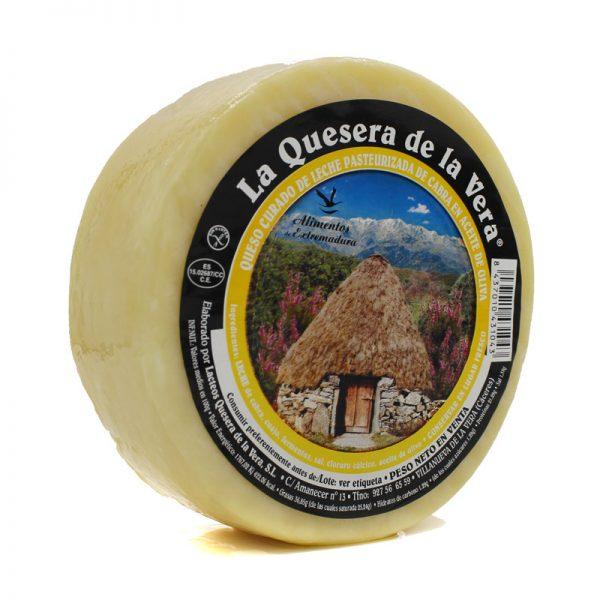 Queso de cabra curado en aceite de oliva virgen