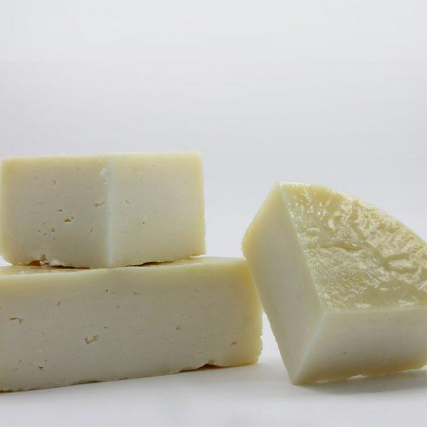 Comprar queso de cabra curado en aceite de oliva virgen
